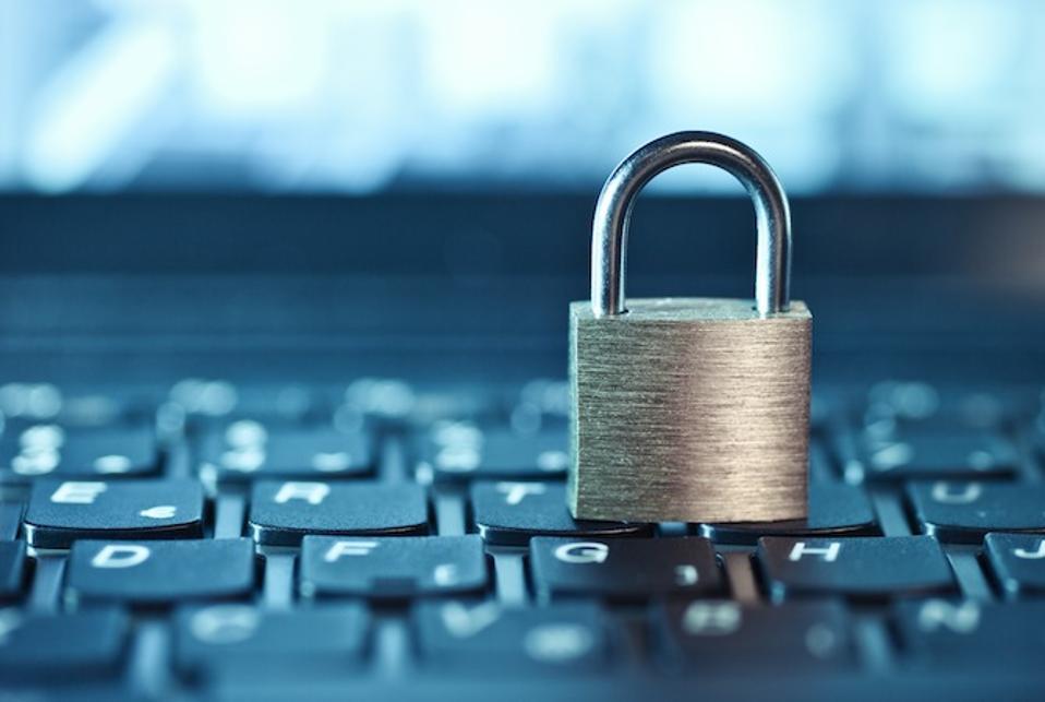 Προστατέψτε τα Online στοιχεία σας: 5 βήματα που μπορείτε να κάνετε
